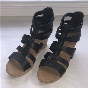 New Women's Black Wedge Strappy Sandals Size 12